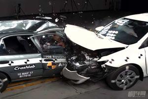开老车的车主看完这个碰撞测试一定想换新车!