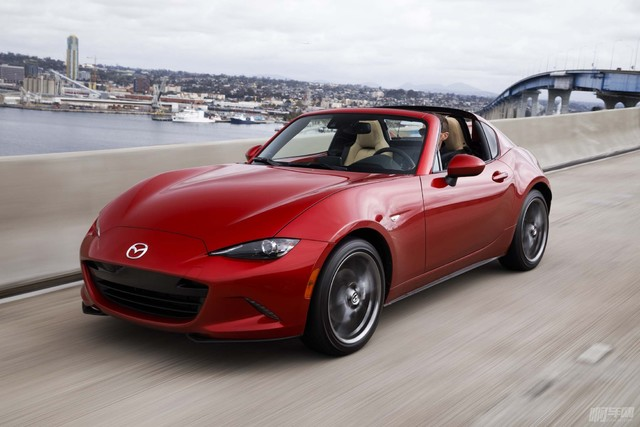 2017-Mazda-MX-5-Miata-RF-front-three-quarter-in-motion-11