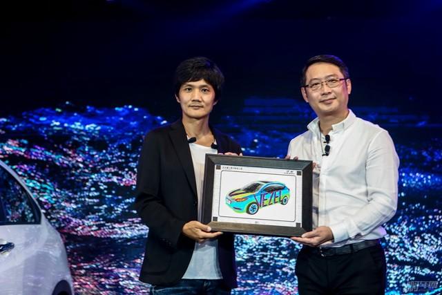 广汽Honda缤智与teamLab共同打造Sketch Town