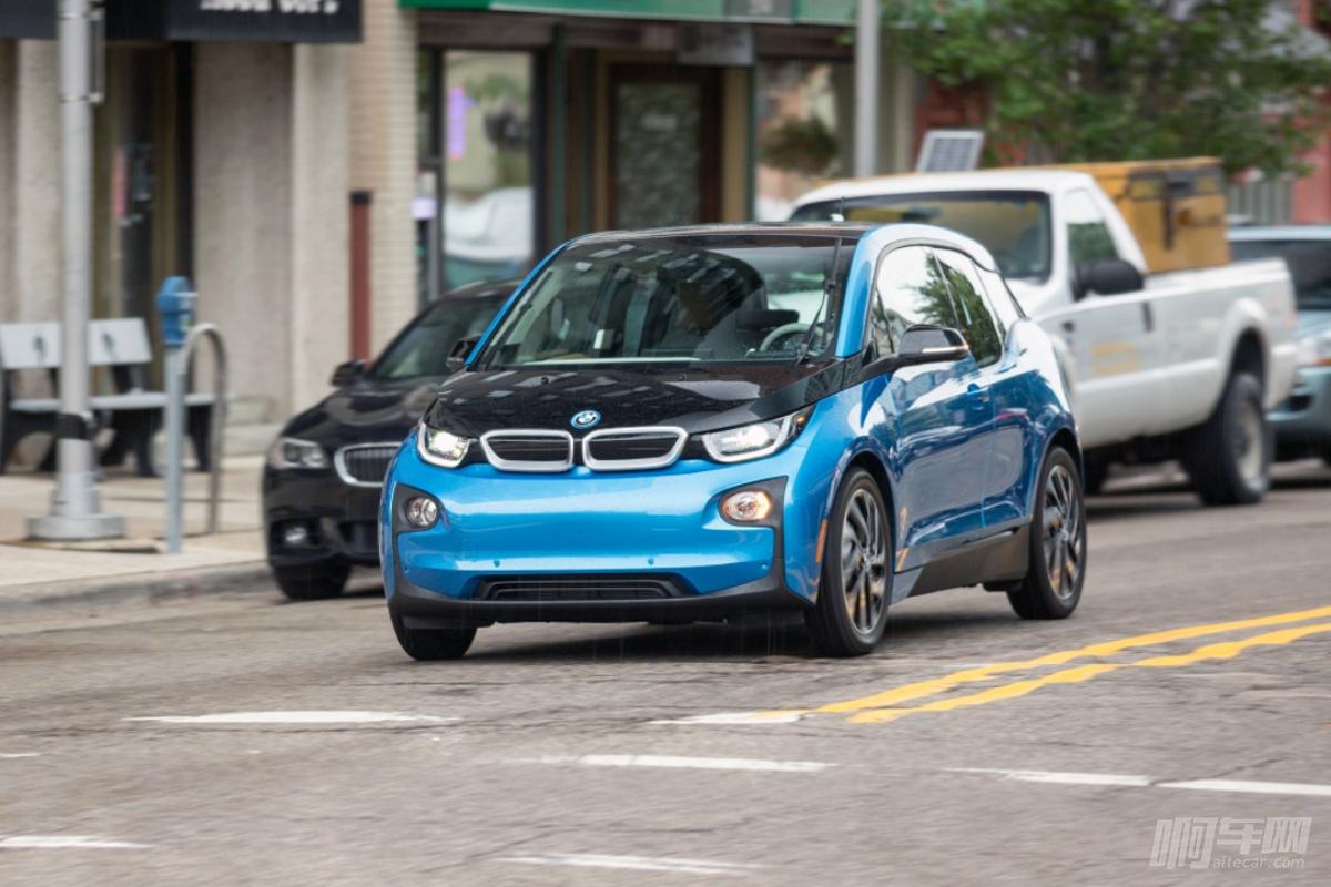 如果不是电费贵,宝马i3就该成为全民家用车