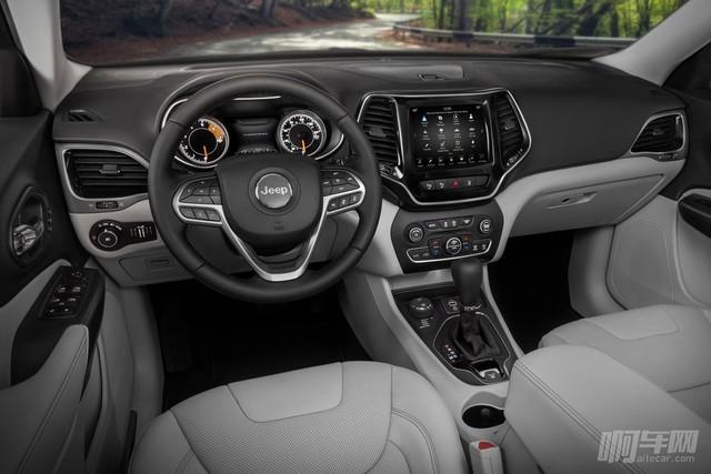 Jeep-Cherokee-2019-1024-04