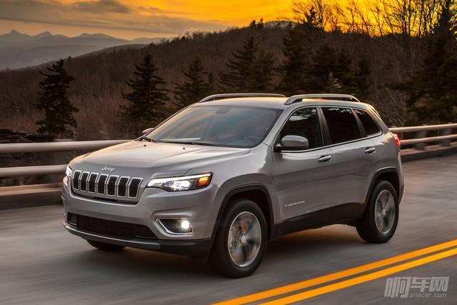 Jeep-Cherokee-2019-1024-02