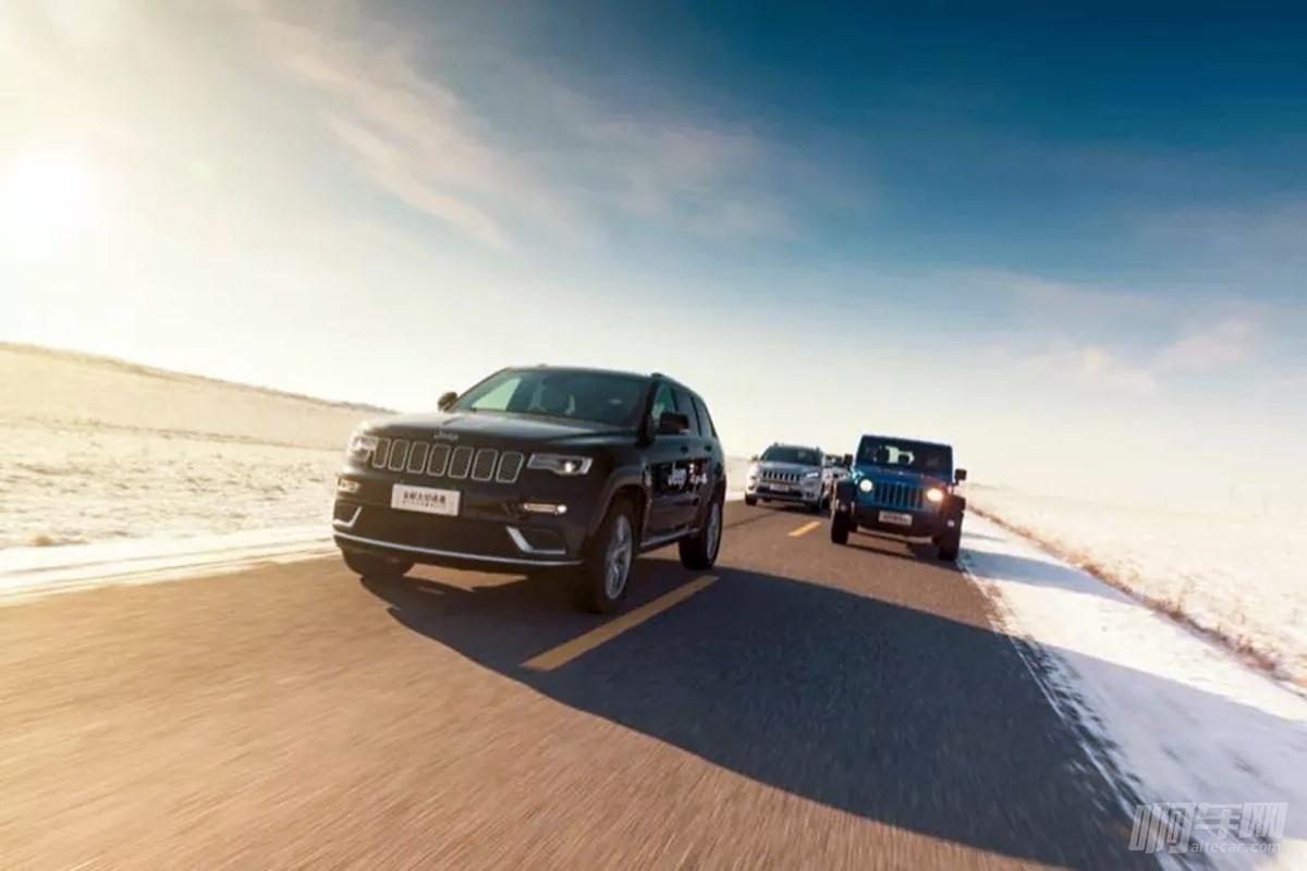 怪我生在南方,不知道冰天雪地里Jeep4X4这么管用
